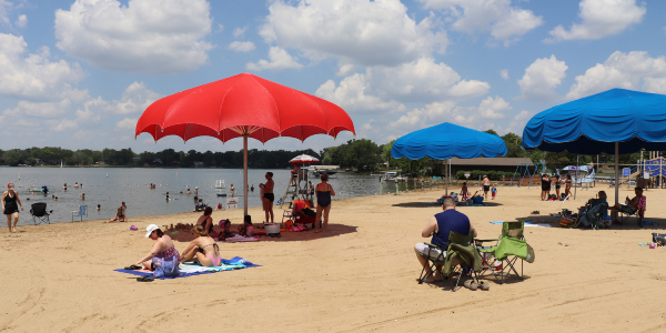 Diamond Lake Beach on a sunny day